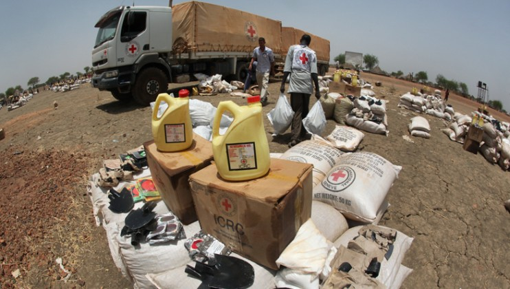 On 27th March, ICRC distributed seed, tools and food to 490 families