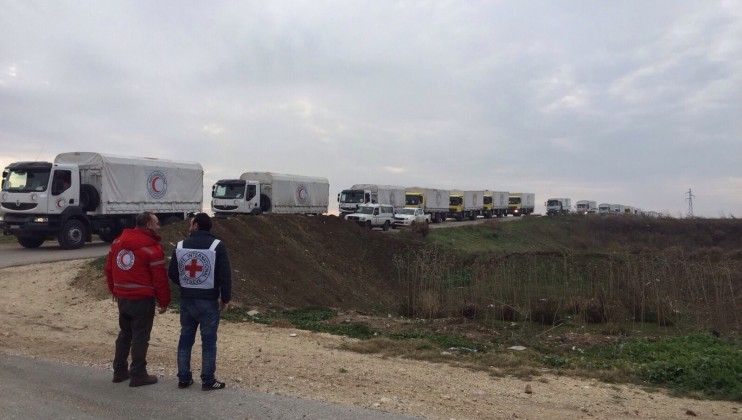 2. convoy to Foua and Kefraya.  Photographer Somar Rezk