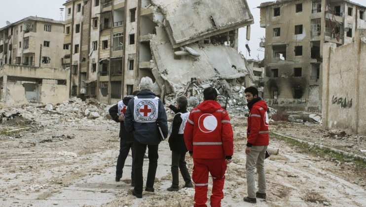The ICRC and the Syrian Arab Red Crescent assess the living conditions in eastern Aleppo's Masaken Hanano district if people decide to return there.