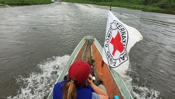 Zona rural de Chocó, Colombia. Equipo del CICR camino a entregar ayuda humanitaria de emergencia. Laura Aguilera/CICR